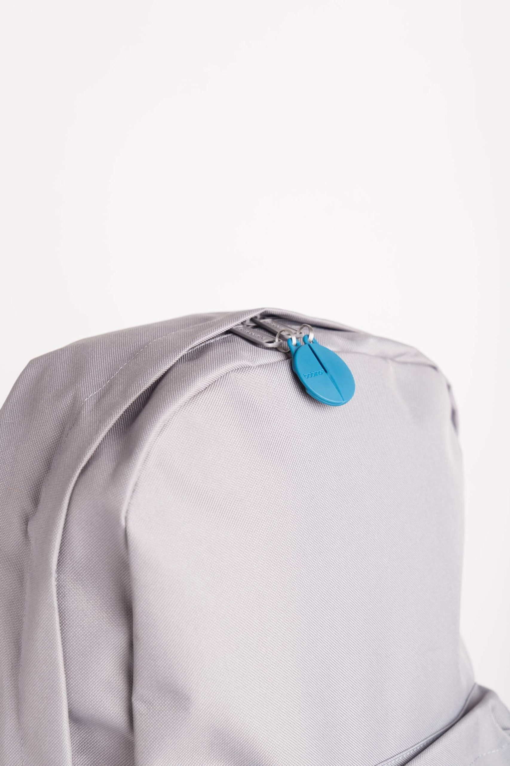 ZIPPER CLIP On the go security by ALOS. Product Design Studio.